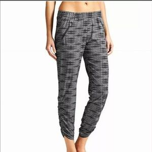 Athleta Aspire Ariel Ankle Featherweight Joggers